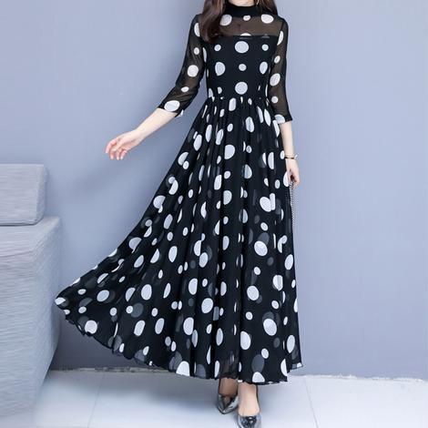 Ежедневни или елегантни дамски рокли – кои предпочитате?