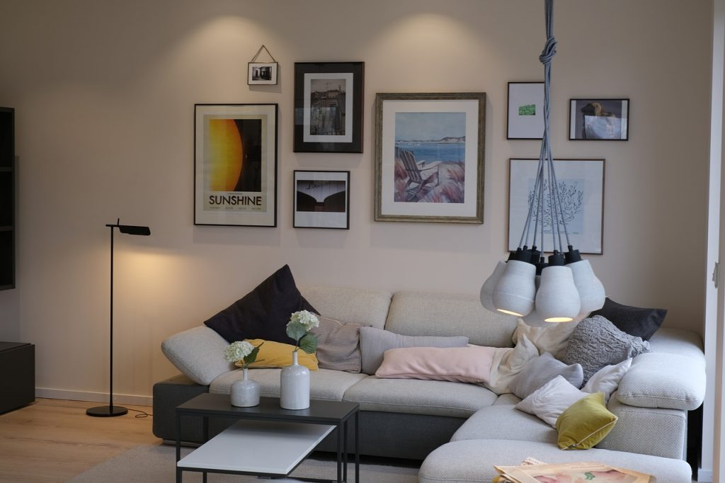 Придайте шик и красота на дневната, избирайки холна маса от най-висок клас