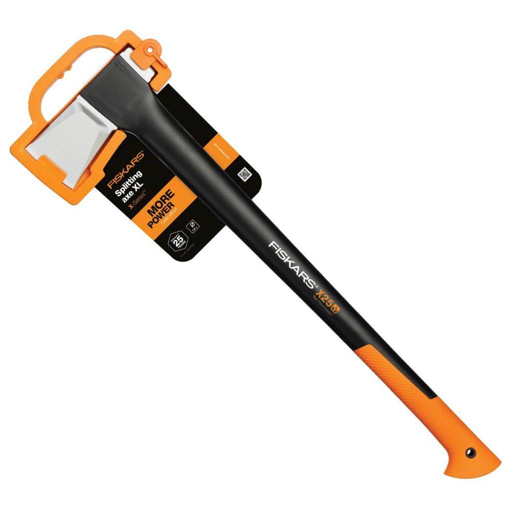 Съвети за безопасност при работа с брадви за цепене на дърва